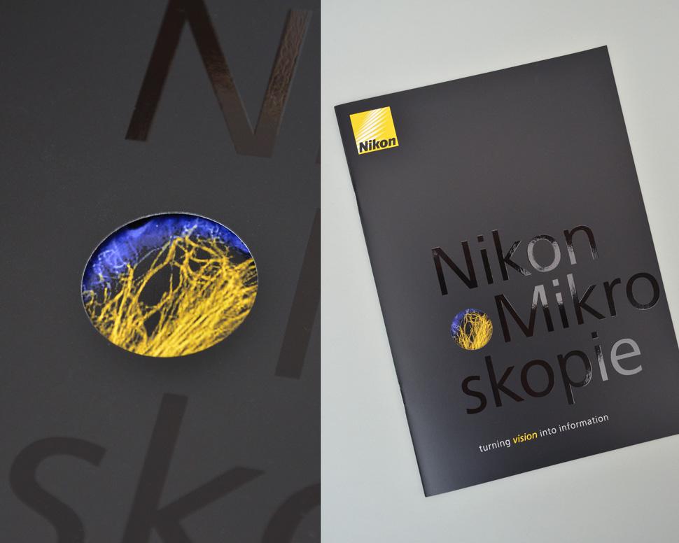 Nikon Broschüre Titel mit Detail